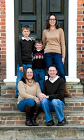 Family of five in Colonial Williamsburg Fall Photos