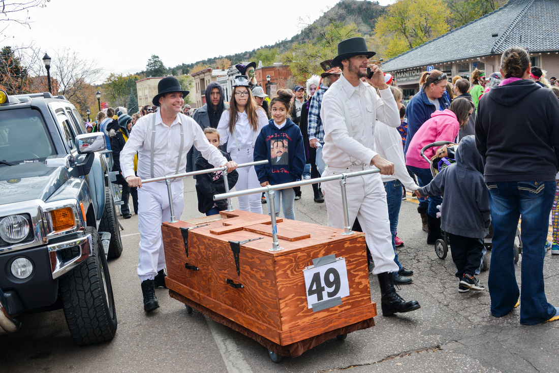 Coffin Races-198